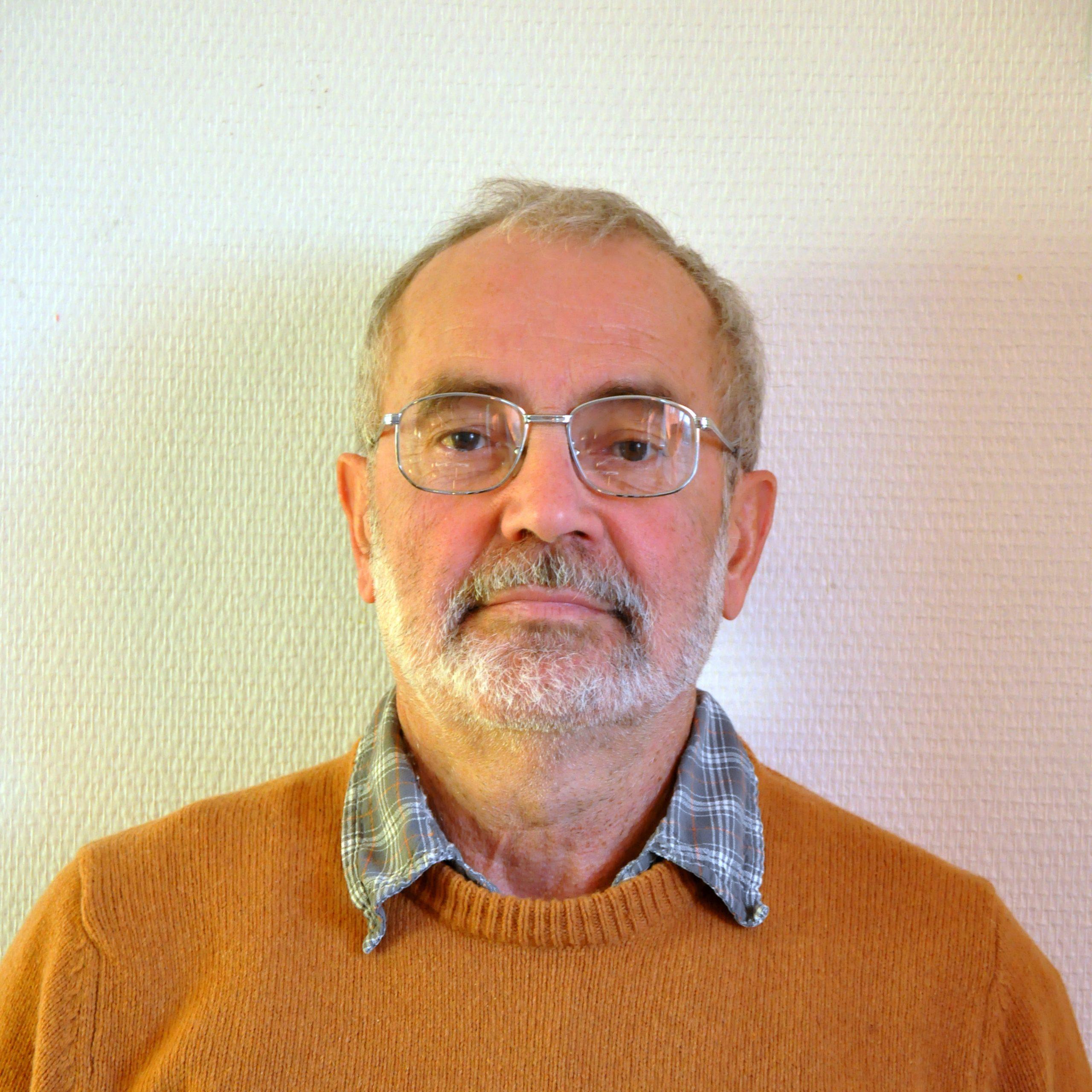 Georges Baudry : Tél.06 64 03 08 80
